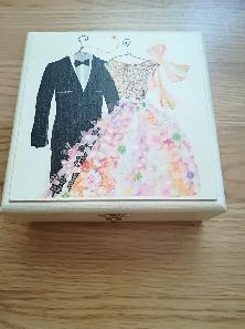Кутийка за сватбени пръстени