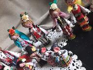 Малки битови кукли с мускали и магнитчета