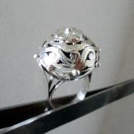 модел 462  Изработен от масивно сребро  Дамски пръстен, Изключително модерна и ефектна визия.