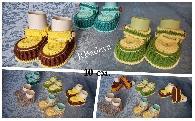 Плетени обувчици за бебенца