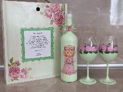 Подарък за кръстници. Комплект вино с чаши в дървена кутия.