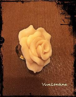 Пръстен бяла роза