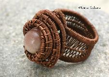 пръстен ''Нежен лунен камък''