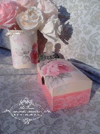 Ръчно декорирана кутия за бижута- COUNTRY ROSES - Shabby Chic, Decoupage