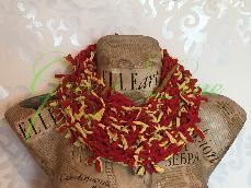 Ръчно изплетен шал от рециклиран текстил