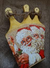 Ръчно изработена дървена дъска с лика на дядо Коледа