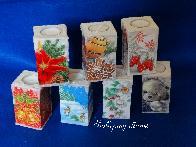 Ръчно изработени свещи за дома, декорирани в духа на Коледа
