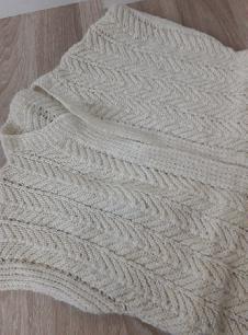 Ръчно плетен елек