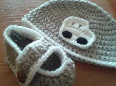 Ръчно плетен комплект за момченце