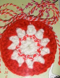 Ръчно плетена мартеница за здраве и късмет