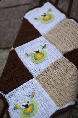 Ръчно плетено бебешко одеало