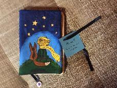 """Ръчно рисуван текстилен калъф за книги ,,Малкият принц"""""""