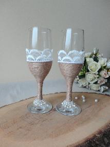 Сватбени чаши рустик с дантела и перли
