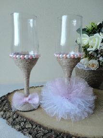 Сватбени чаши с тюл