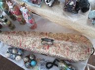 Сватбени винтидж аксесоари и декорации - ретро калъф за цигулка декориран