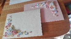Уникални ръчно изработени картички, подходящи за сватбени покани