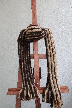 Универсален шал в бежаво-кафяво