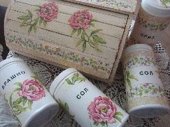 Винтидж аксесоари за лятна вила,къща - комплект кутия за хляб и кутии за продукти