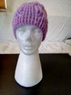 Зимна шапка-лилава